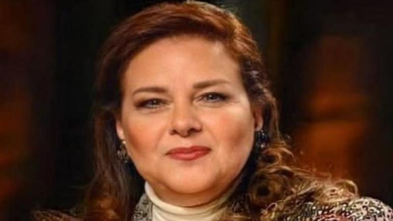 وفاة الفانة المصرية دلال عبد العزيز عن عمر يناهز 61 عاما