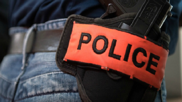 الناظور… توقيف شخص للاشتباه في تورطه في تكوين عصابة إجرامية وحيازة السلاح الناري والاتجار في المخدرات