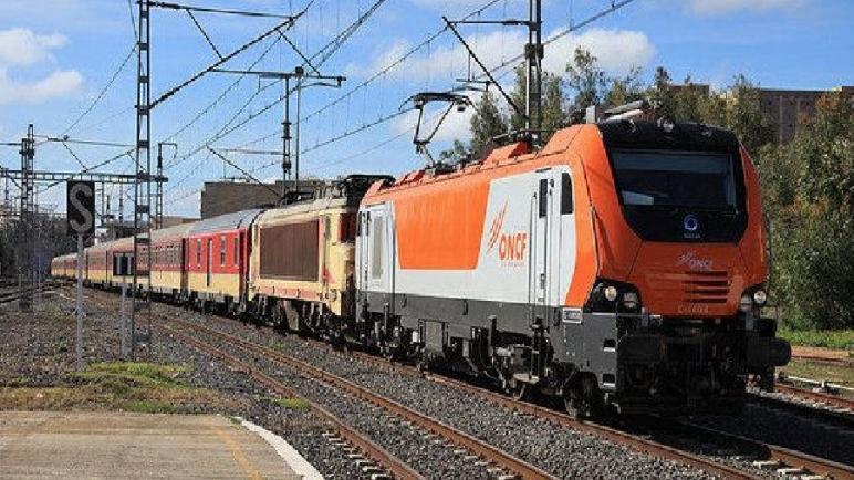 ONCF يعلن عن توقيف جميع قطارات الخطوط وتأمين الحد الأدنى من قطارات القرب ابتداء من يوم الإثنين المقبل
