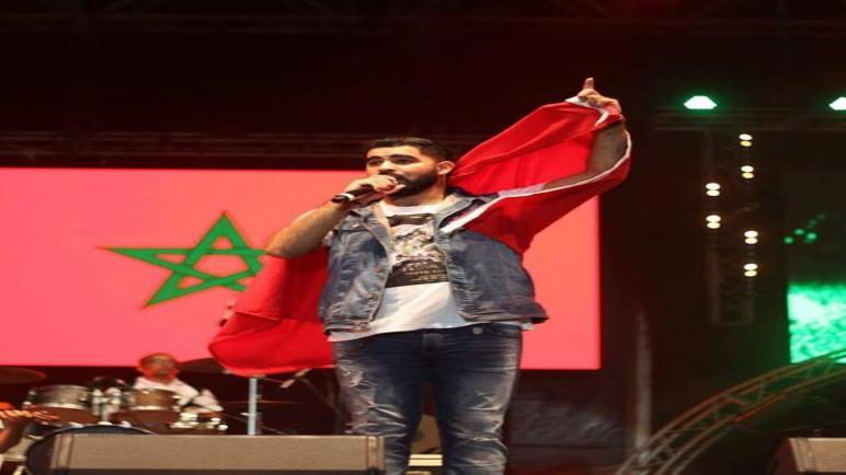 محسن صلاح الدين يتفاعل مع جمهور المضيق