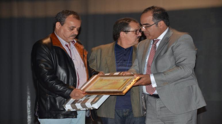 عرض شريط الساحل والصحراء للمخرج حسن البوهروتي