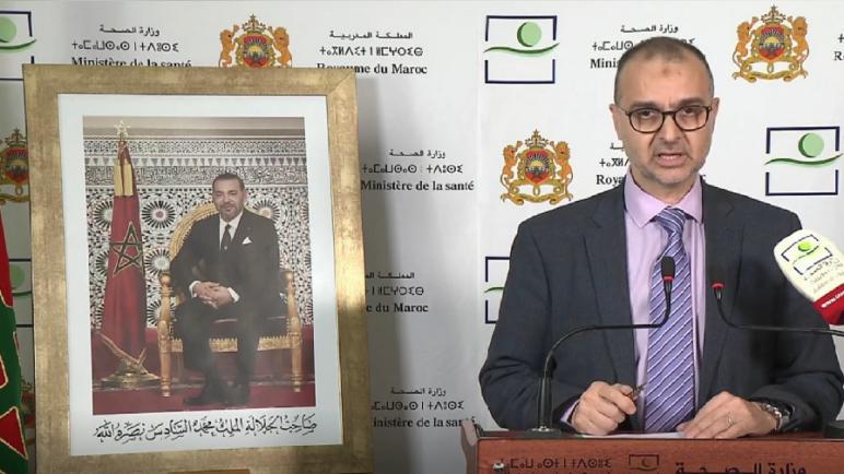 محمد اليوبي يوصي بضرورة ارتداء الكمامات بالنسبة للمواطنين المضطرين للخروج للعمل أو للتسوق