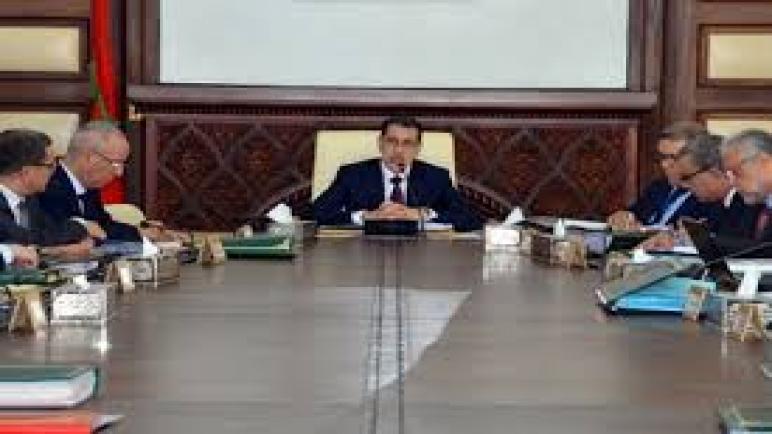 مجلس الحكومة يصادق على نصي مشروعي مرسومين يتعلقان ببطاقة الصحافة المهنية