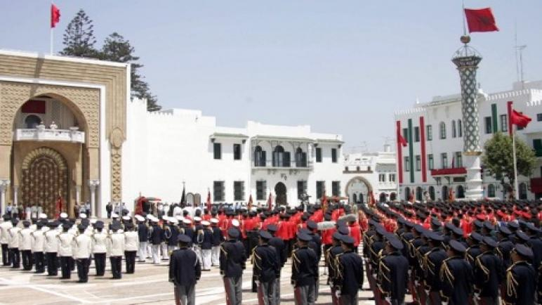 جلالة الملك يثمن أعمال عناصر القوات المسلحة ويؤكد حرصه على تحسين ظروفهم