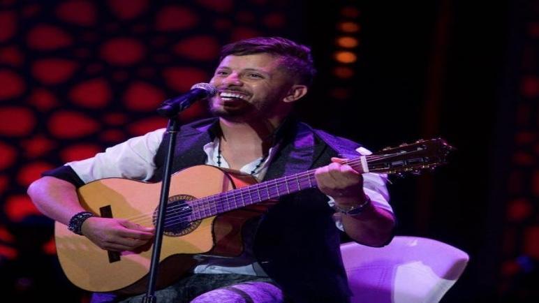 حاتم عمور يطرح أغنيته باعت الحب