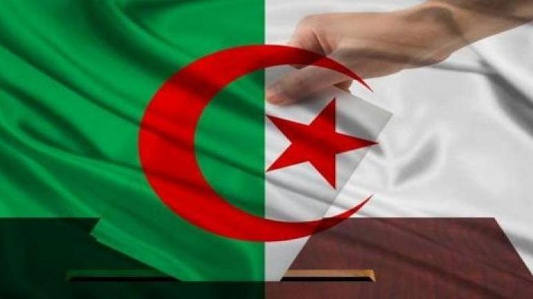 الجزائريون ينتخبون اليوم رئيسا جديدا للبلاد من بين خمسة مرشحين