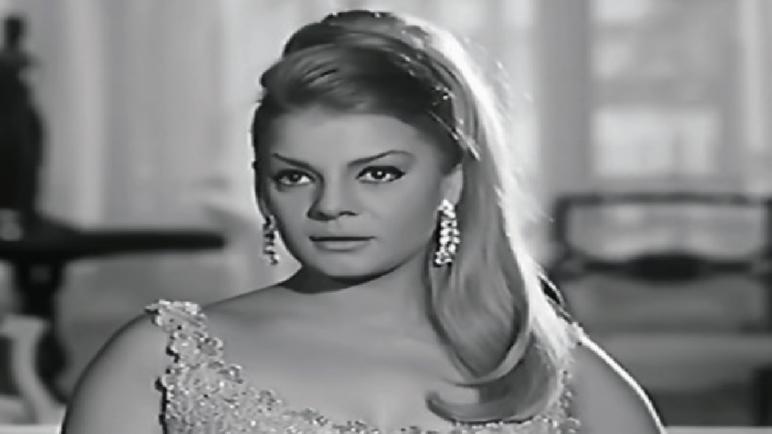 """وفاة النجمة المصرية """"نادية لطفي"""" عن عمر يناهز 83 عاما"""