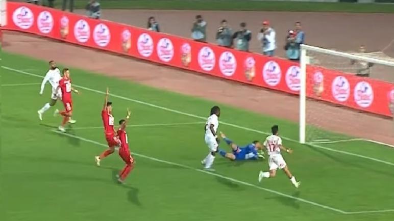 الوداد يفوز على ضيفه حسنية أكادير ويرفع رصيده إلى 26 نقطة