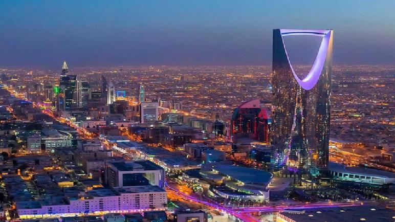 السلطات السعودية ترفع حظر التجول جزئيا عن جميع مناطق المملكة باستثناء مكة المكرمة والأحياء المعزولة