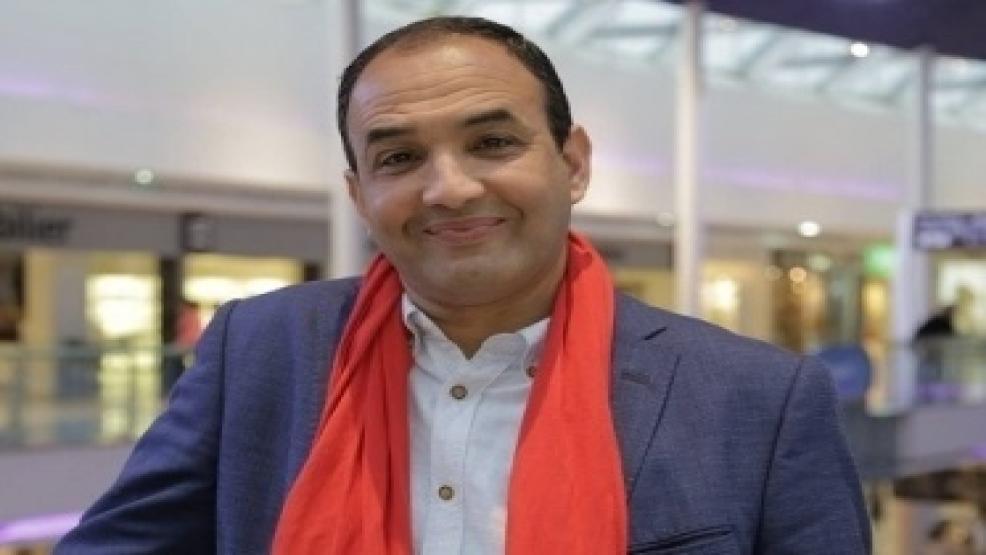 رشيد الوالي يحضى بجائزة جلوبال العالمية كأفضل فنان عربي