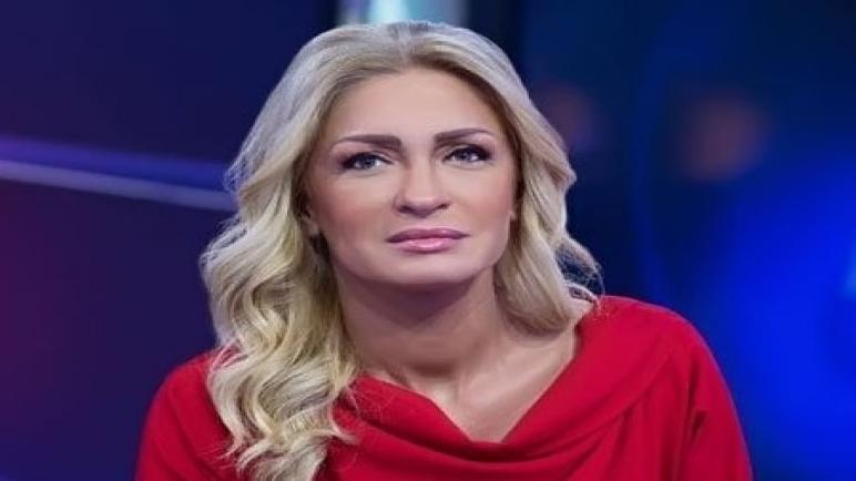 وفاة الإعلامية اللبنانية نجوى قاسم عن سن يناهز 52 عاما