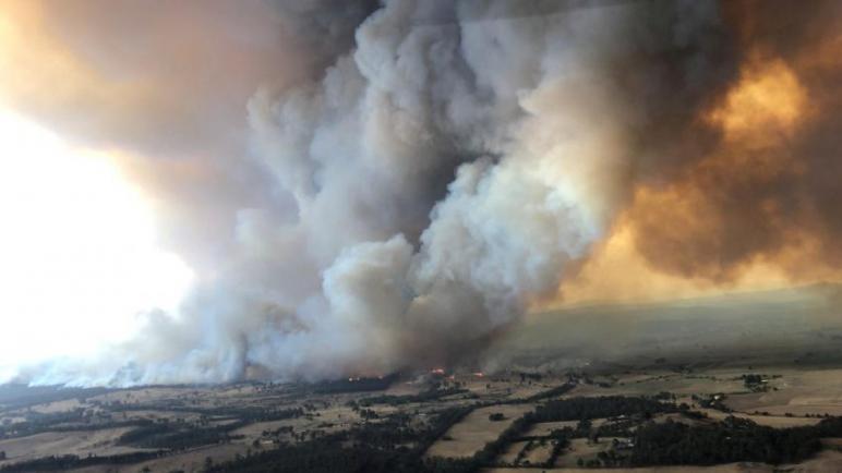 عواصف تخمد غالبية الحرائق التي كانت مندلعة شرق أستراليا