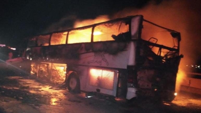 وفاة 35 معتمرا وإصابة 4 آخرين إثر حادث سير بالسعودية