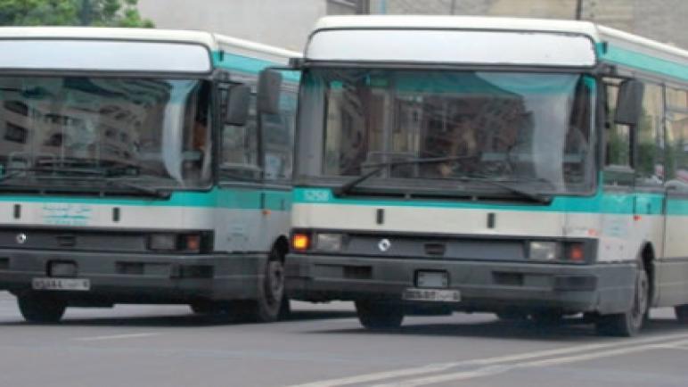 حافلة تداهم مقهى بحي أناسي بالبيضاء